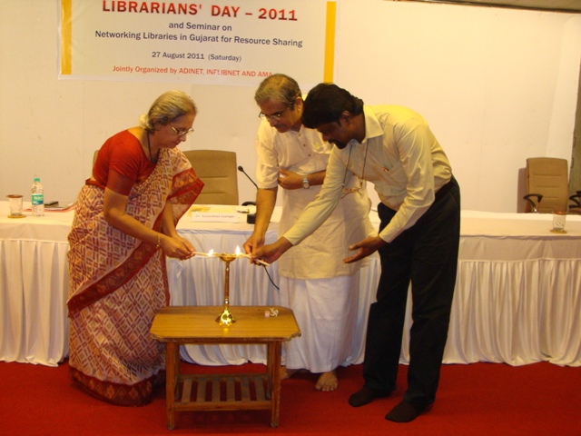 43  Lighting the Lamp on Librarians' Day 2011.