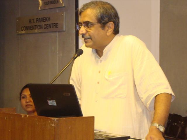 44  Dr. Sudarshan Iyengar, Vice Chancellor of Gujarat Vidyapith