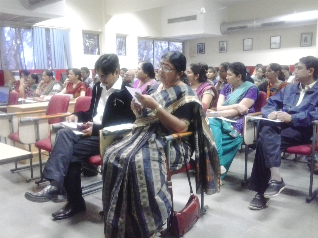 1336  Audience at DA-IICT