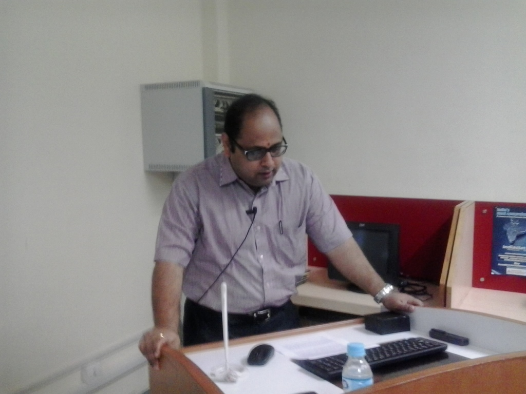 1827   Keynote Address by Prof. Laxminarayan Pillutla, Faculty, DA-IICT