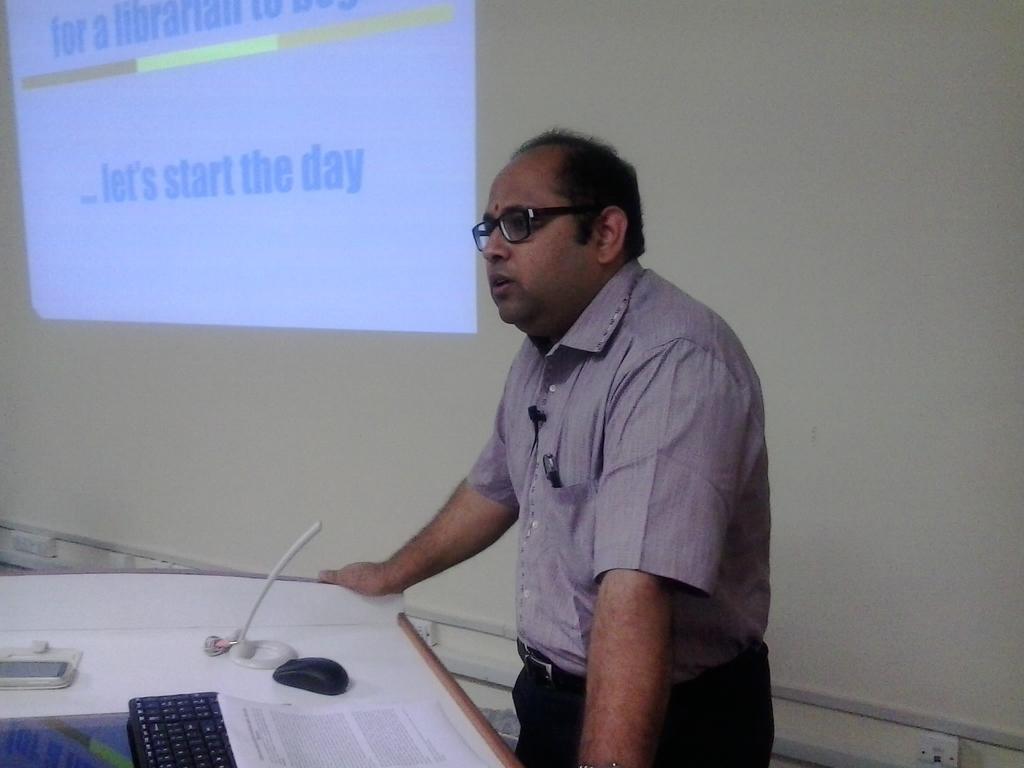 1933  Keynote Address by Prof. Laxminarayan Pillutla, Faculty, DA-IICT