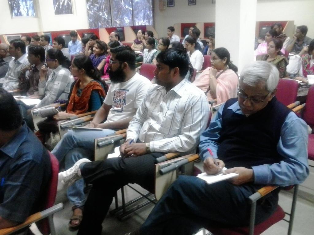2334 Audience at DA-IICT