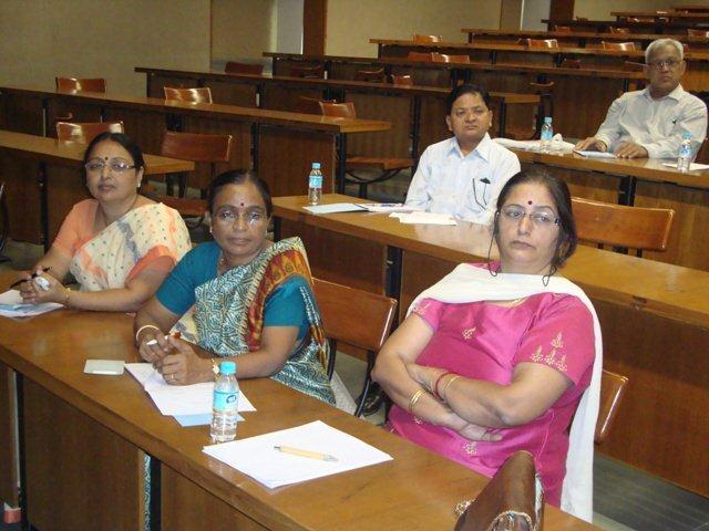 3015 Dr. Nishtha Anilkumar, Smt.Geeta Gadhavi