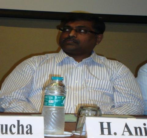 Dr. H. Anil Kumar, Librarian, IIM, Ahmedabad