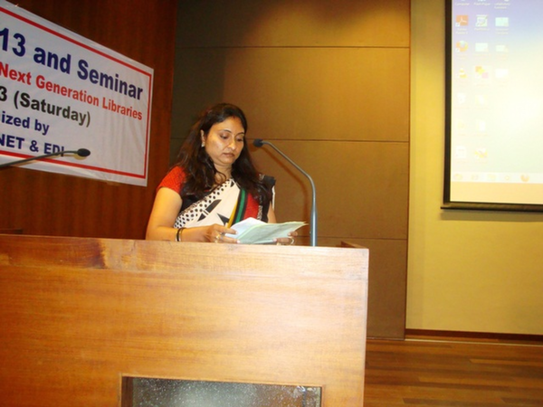 Anchoring by Ms. Rupam Sikligar, on Librarians' Day 2013 at EDI