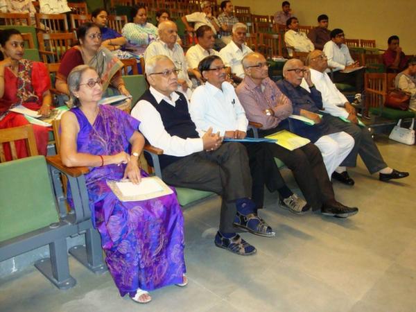 Ms. Rhoda Bharucha, Mr. Basidhar Bhatt, Mr. Deshpande, Mr. Kirit Bhavsar & Mr. P. C. Shah at EDI
