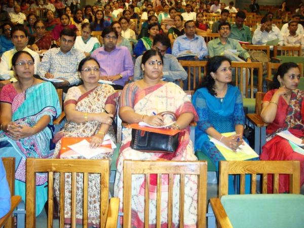 Ms. Amita Parmar, Ms. Geeta Gadhavi & Dr. Nishtha Anil Kumar at EDI