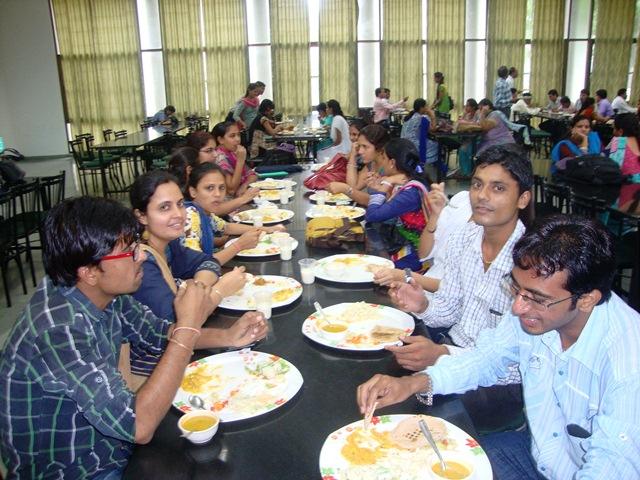 Lunch at EDII, Gandhinagar