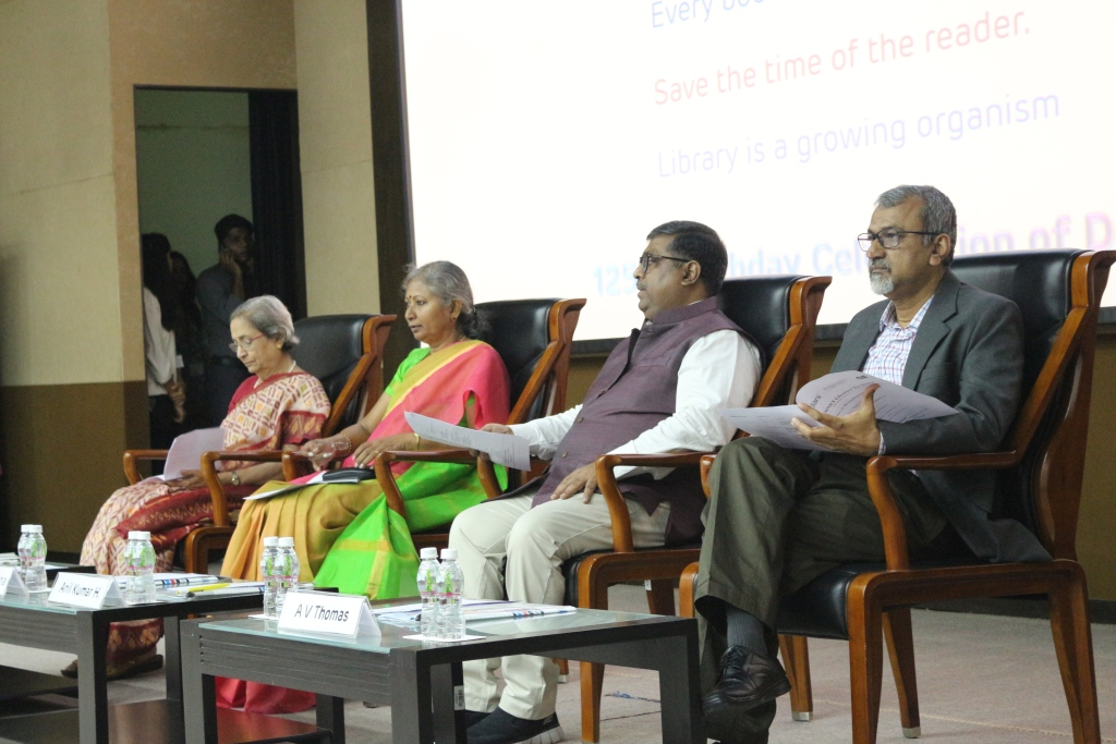 Dignitaries on the dais-Librarians� Day -2017