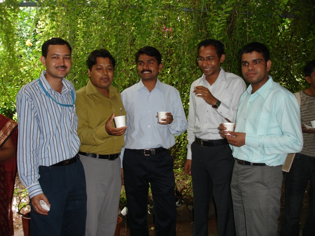 81 Tea Break on Librarians' Day 2009 Seminar.