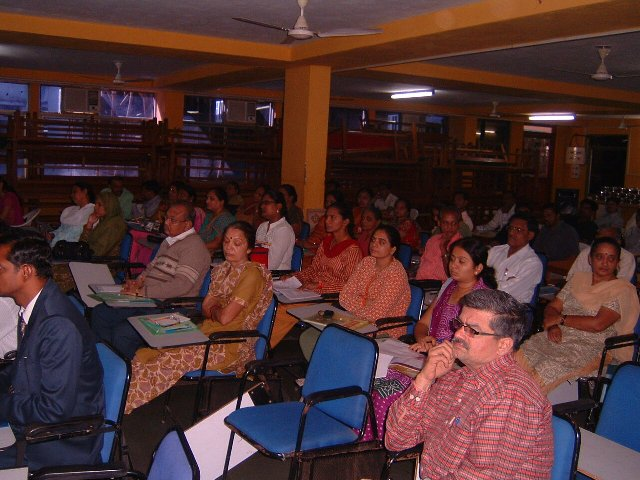 130   Audience at Seminar on Role of School Librarians in Education.