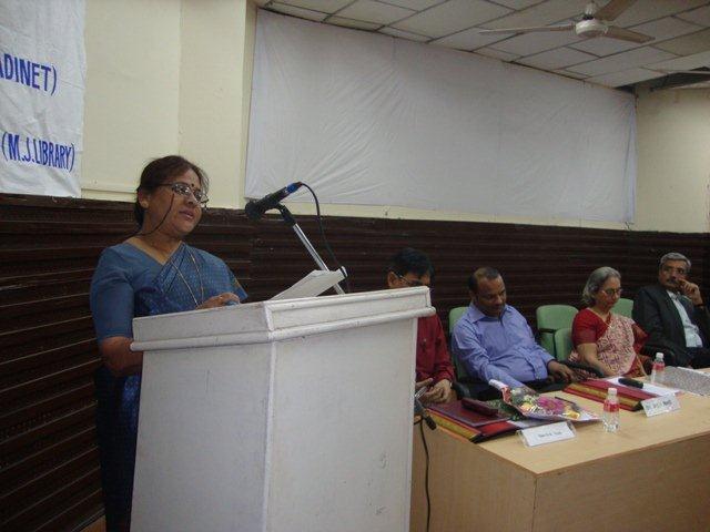 170  Smt. Renuka Dave, Speech on Networking Public Libraries in Gujarat.
