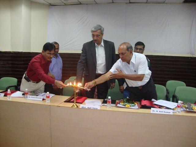 174 Lighting the Lamp on Seminar.