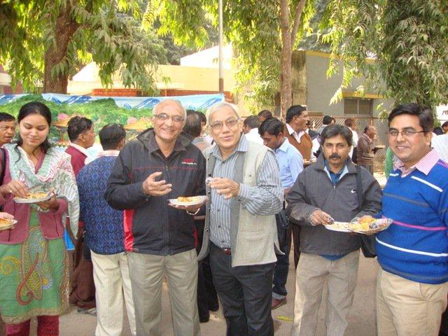 183 Lunch at Seminar on Networking Public Libraries in Gujarat.