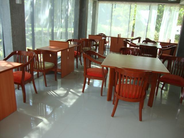 3806  Readers' Facilities at KEIC Library, MICA